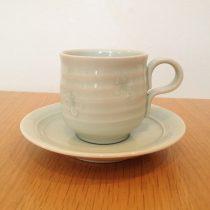 coffee cup 19 - 3 Artist: Yutaka Yoneda cup - Dia: 7cm, H: 7.2cm saucer - Dia: 13.6cm Price: £18