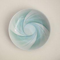 large dish 17 - 2 Artist: Yoshihiro Ninomiya Dia: 22cm, H: 5cm Price: £100