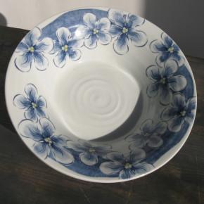 large bowl 24 - 2 Artist: Tazuko Hatayama