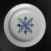pasta plate 25 - 1 Artist: Baizan Studio Dia: 21cm Price: £17
