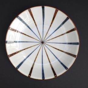 plate 25 -11 Artist: Baizan Studio Dia: 25cm Price: £17.5