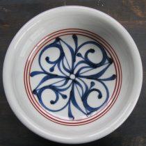 bowl 25 - 2 Artist: Baizan Studio Dia: 22cm, H: 7.4cm Price: £30