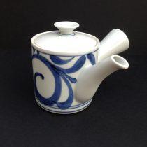 tea pot 25 - 38 Artist: Baizan Studio Dia: 15cm, H: 12cm Price: £18.5