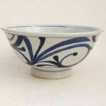 bowl 25 - 73 Artist: Baizan Studio Dia: 18cm, H: 8cm Price: £16.5