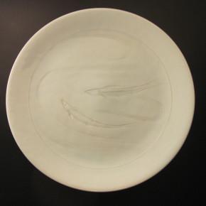 ayu large dish 2 - 3 Artist: Yoshito Sakai Dia: 33cm, H: 4cm Price: £500