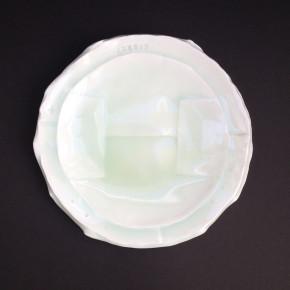 ban plate 32 - 2 Artist: Motofumi Shinohara Dia: 22cm Price: £33