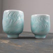 a pair of tea cups 9 - 3 Artist: Shigeki Kameda Tall Dia: 7.8cm, H: 9.6cm Short Dia: 7cm, H: 8.5cm Price: £48.50